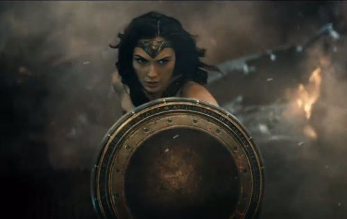 Wonder Woman Makes Her Debut In The New Batman V Superman Dawn Of