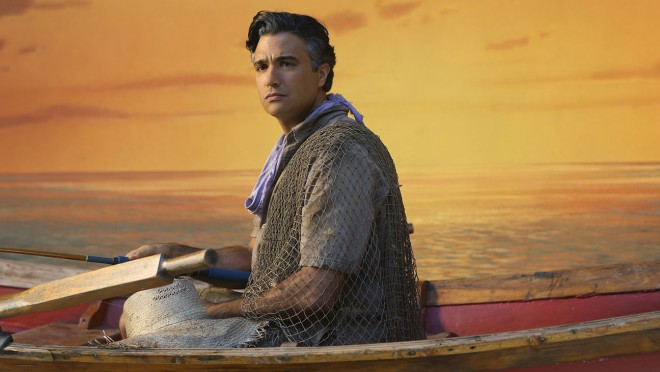 "Jane The Virgin --""Chapter Five"" -- Image JAV105A_114 -- Pictured: Jaime Camil as Rogelio -- Photo: Patrick Wymore/The CW -- © 2014 The CW Network, LLC. All rights reserved."