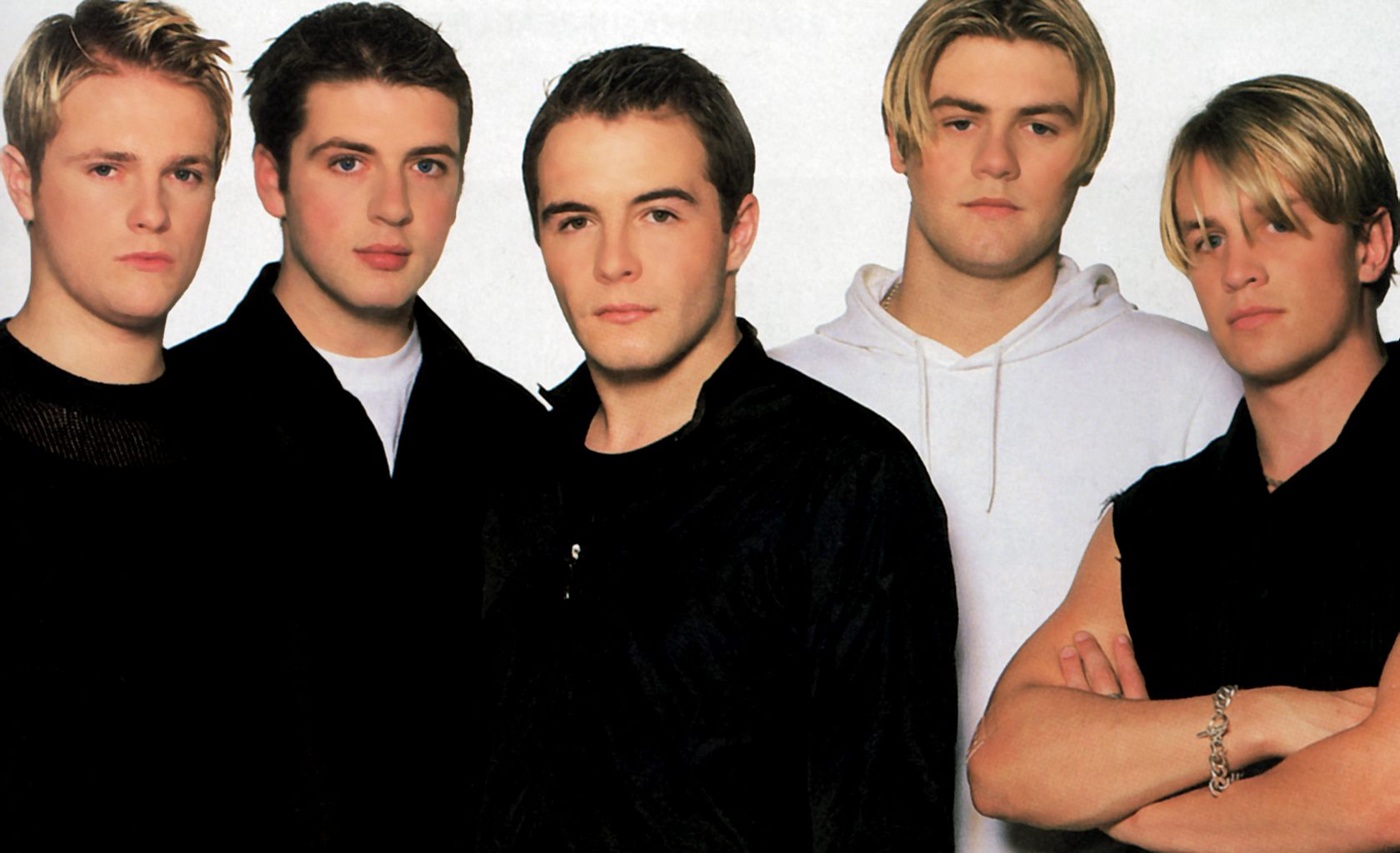 westlife-wallpaper-1680-x-1024-markfeehily-net
