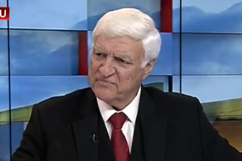 Bob Katter talks about crocodiles again