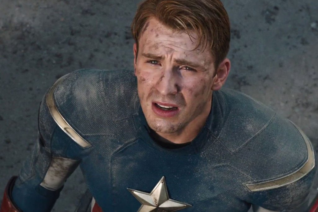 Chris Evans Freaks Out Marvel Fans With Tweet About Captain America