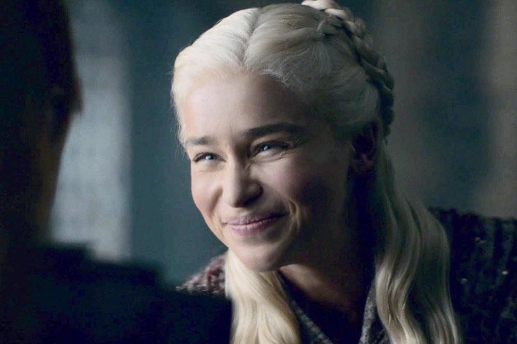 Game Of Thrones S8e2 A Daenerys Targaryen Face Becomes A Meme