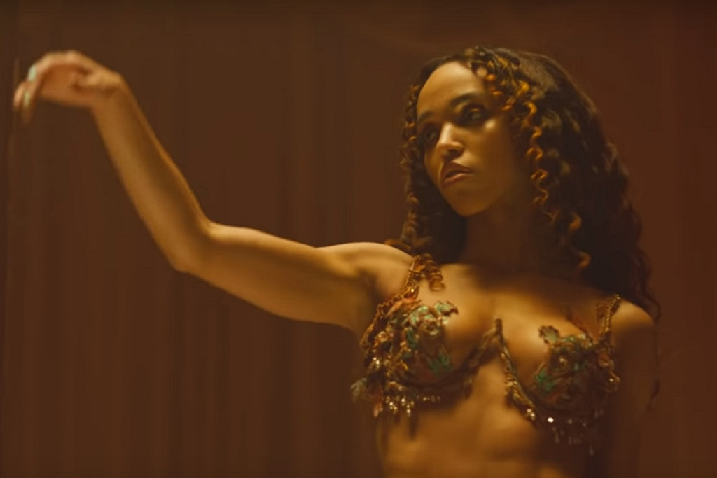 Fka Twigs Drops New Song And Music Video 'Cellophane'