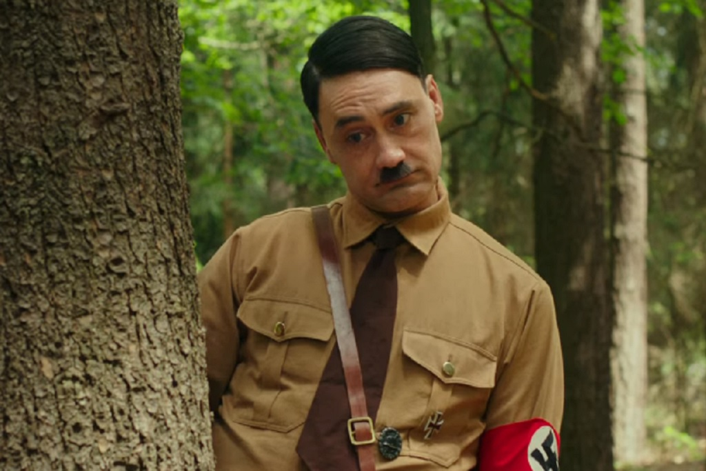 Jojo Rabbit Release Date >> Jojo Rabbit Trailer Taika Waititi Shines As Hitler In New
